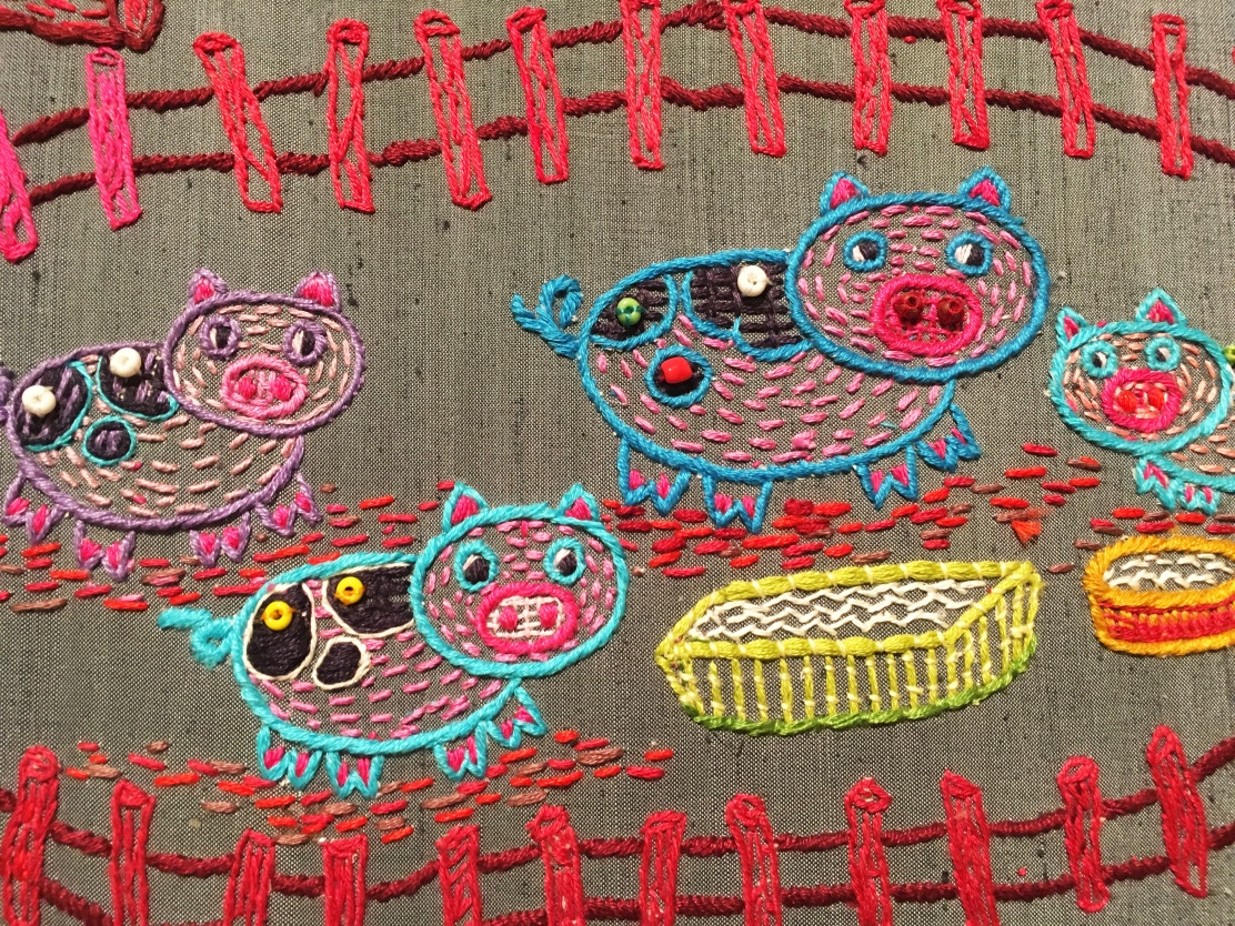 embroidered_pigs_thai_hilltribe craft.jpg