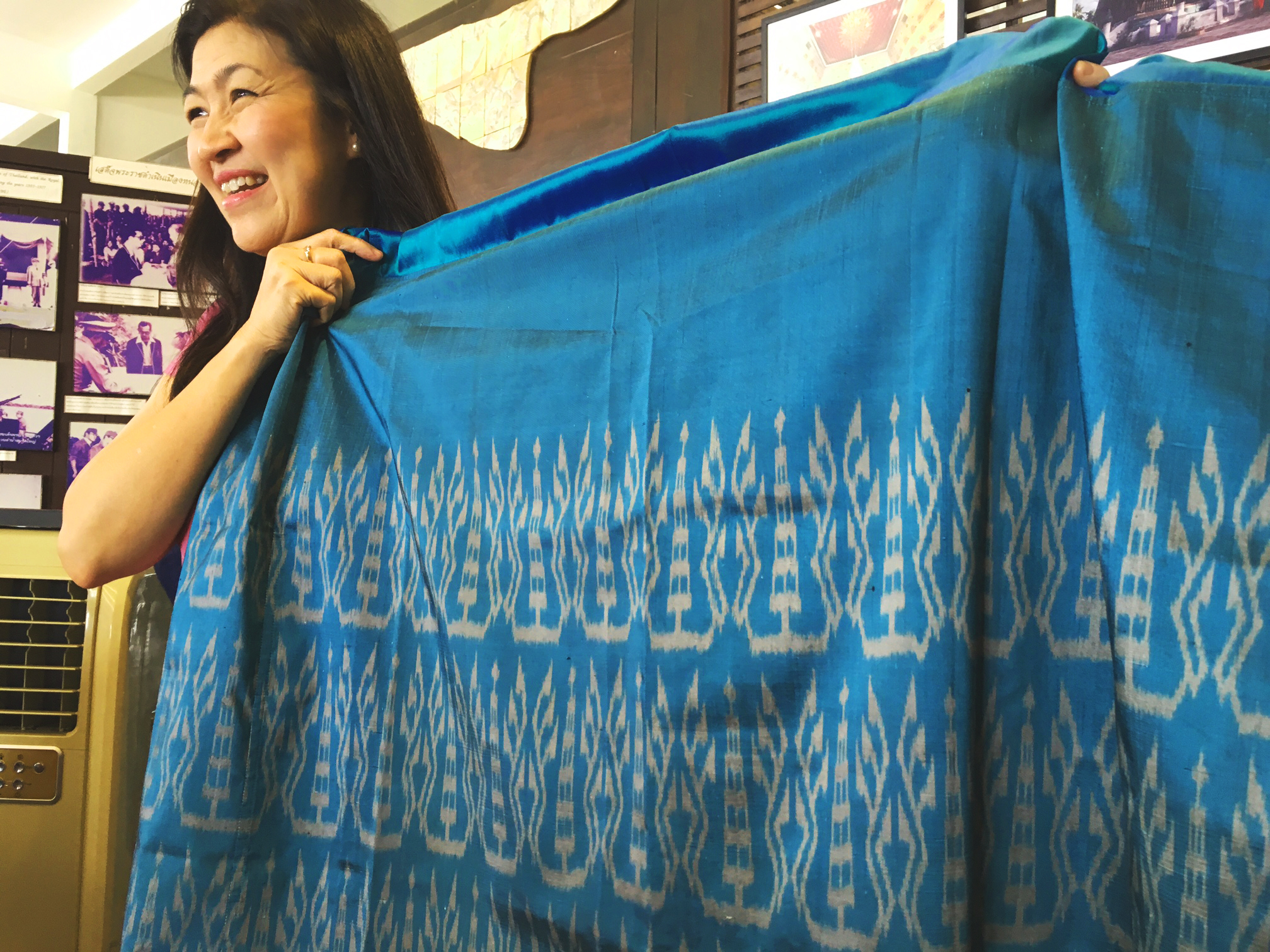 owner-of-mantra-textiles-nong-khai.jpg