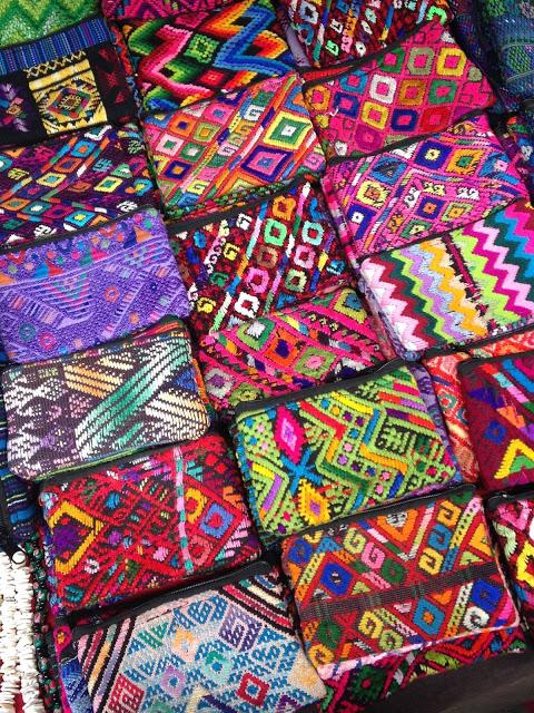 purses-from-chichi-guatemala-market