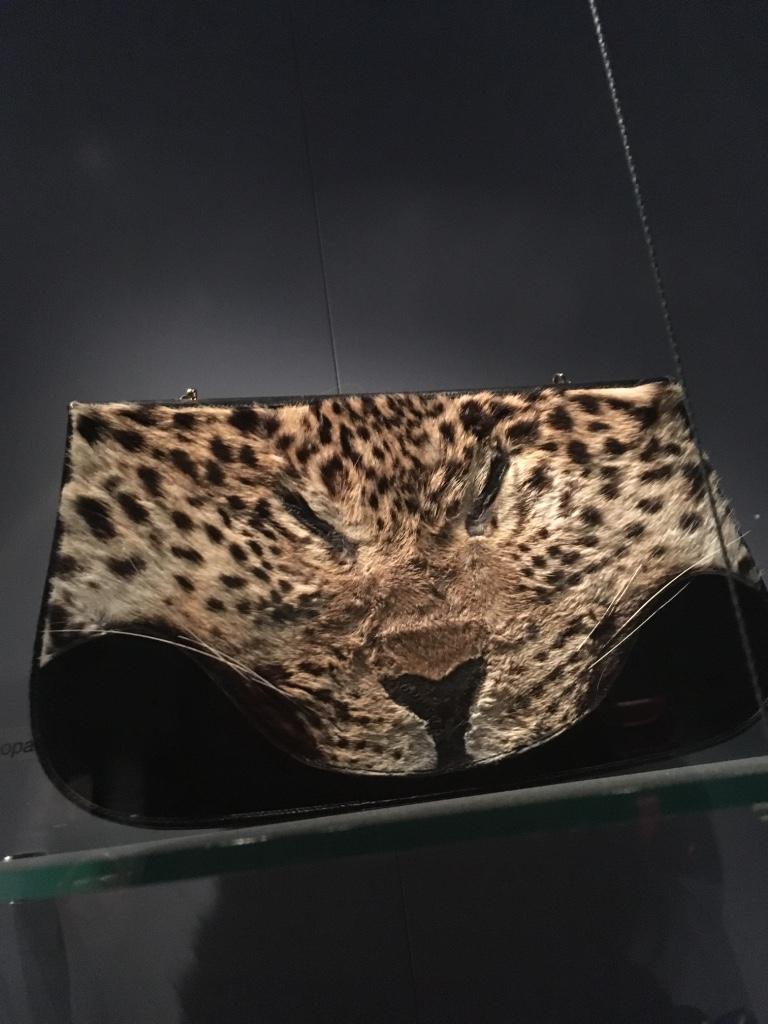 leopard-skin-handbag