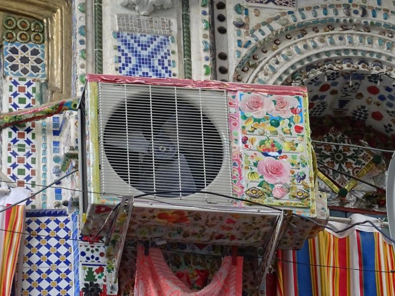 modern_decor_casbah_algiers_algeria.JPG