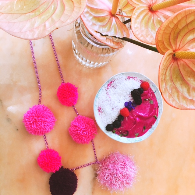diy pompom necklace.JPG