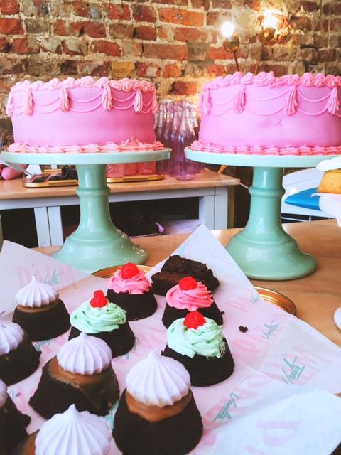 palm vaults cakes.JPG