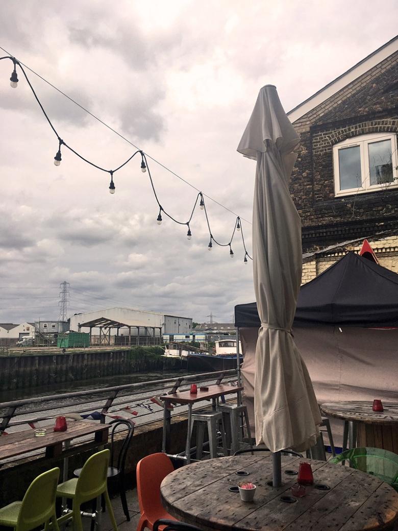 roof terrace_barking_boathouse_cafe.JPG