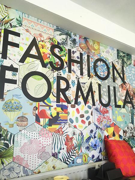 fashion_formula_sign
