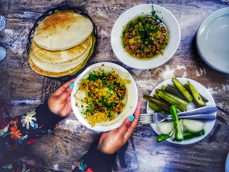hummus and falafel in jaffa gate_jerusalem