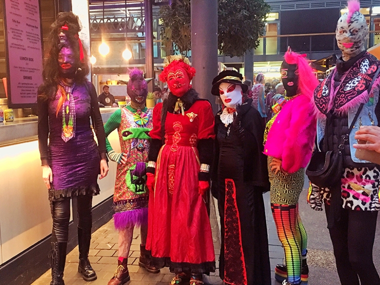 masked beauties_ spitalfields_colourwalk
