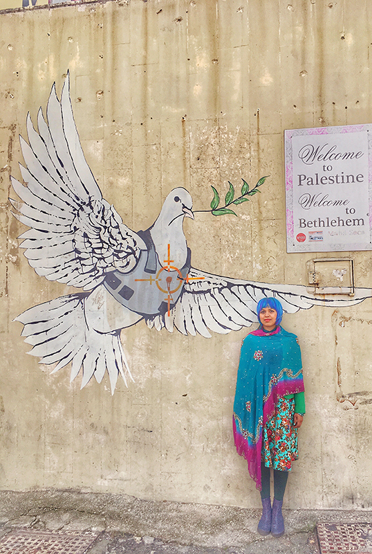 travel in bethlehem_checkpoint_banksy