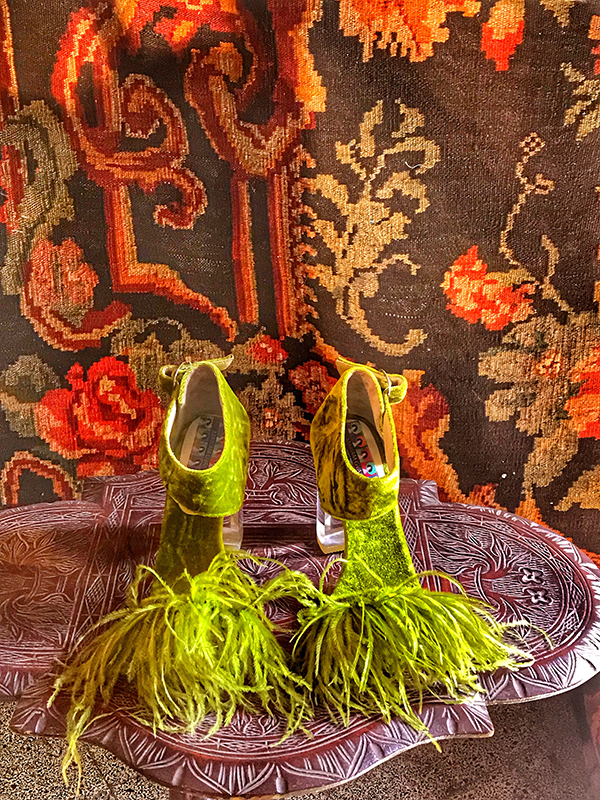 green_feather_shoes.jpg